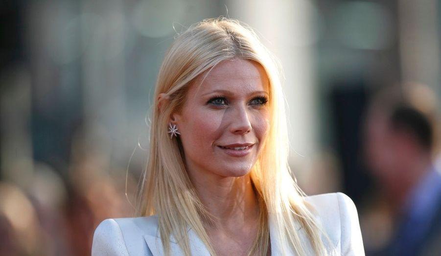 Autre atout glamour du film, Gwyneth Paltrow affichait un sourire tranquille.
