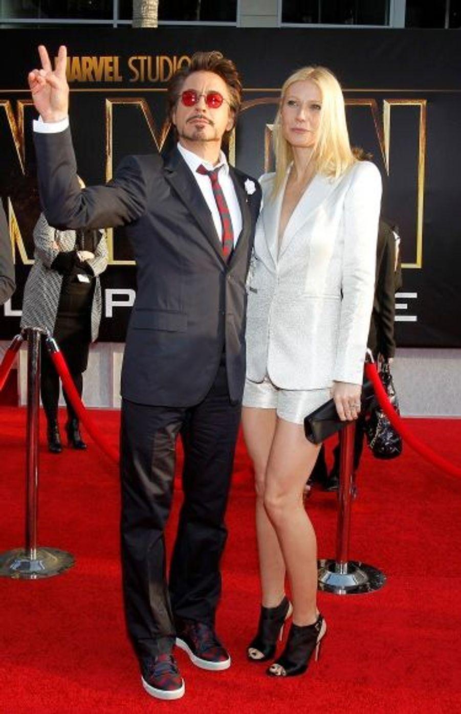 Décidément bien entouré, Robert Downey Jr pose avec Gwyneth Paltrow.