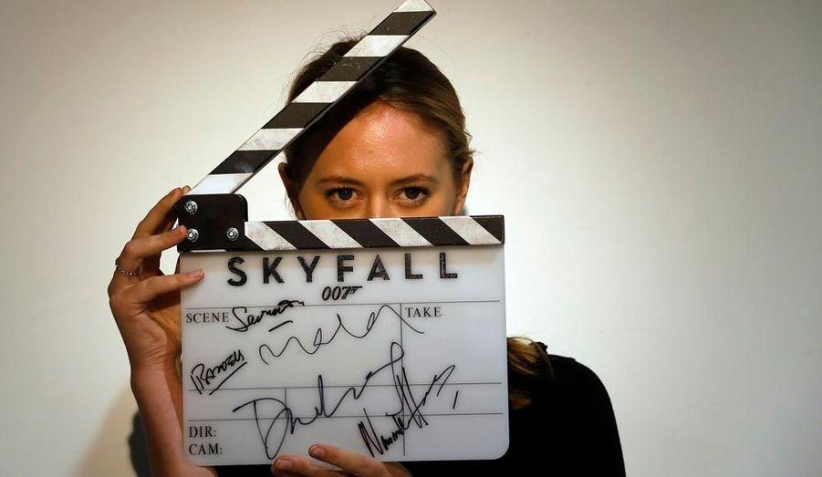 """Le """"clap"""" authentique utilisé sur le tournage de """"Skyfall""""."""