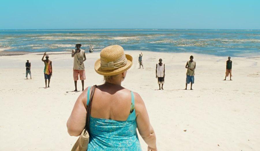 """Premier volet de la trilogie """"Paradis"""", """"Amour"""" vous emmènera sur les plages de Kenya au bras d'une Sugar Mama. L'un des chocs esthétiques du dernier Festival de Cannes."""
