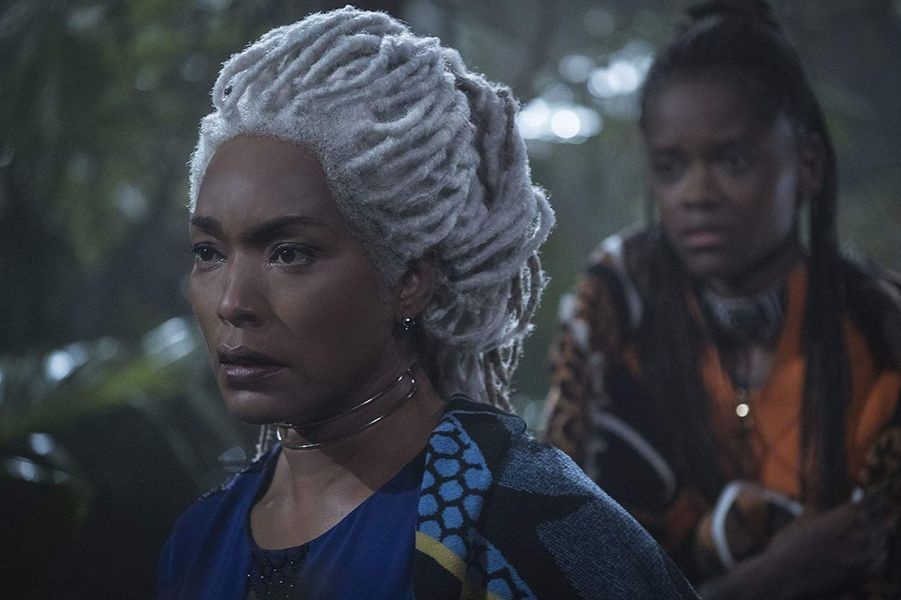 "Angela Bassett (""Black Panther"")"