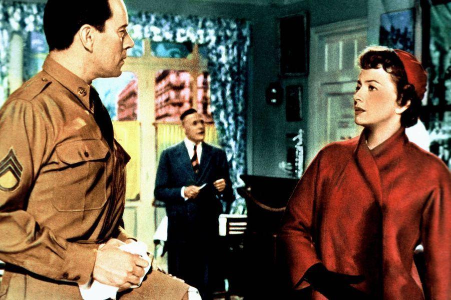 Avec John Forsythe, dans «The Ambassador's Daughter».