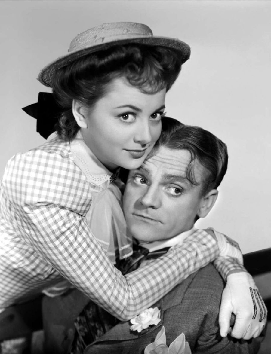Avec James Cagney dans «The Strawberry Blonde».