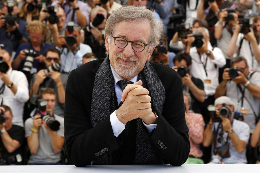 """Steven Spielberg présente """"Le bon gros géant"""" à Cannes, le 14 mai 2016"""