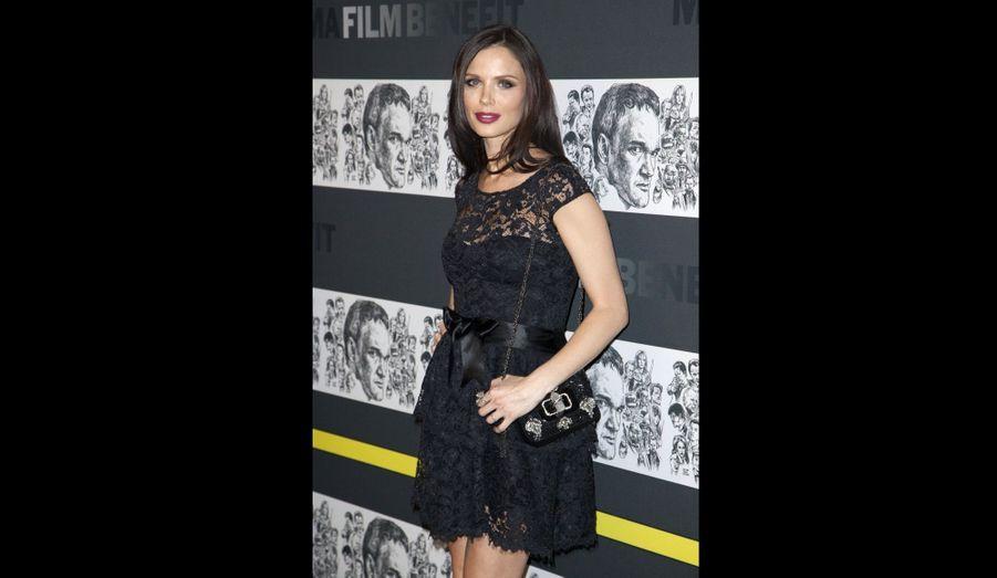 L'épouse du producteur Harvey Weinstein, et créatrice de la marque Marchesa, a annoncé être enceinte de son deuxième enfant.