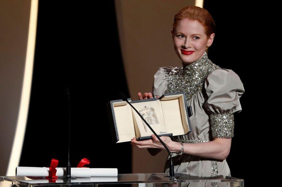 """Emily Beecham prix d'interprétation féminine pour """"Little Joe""""."""