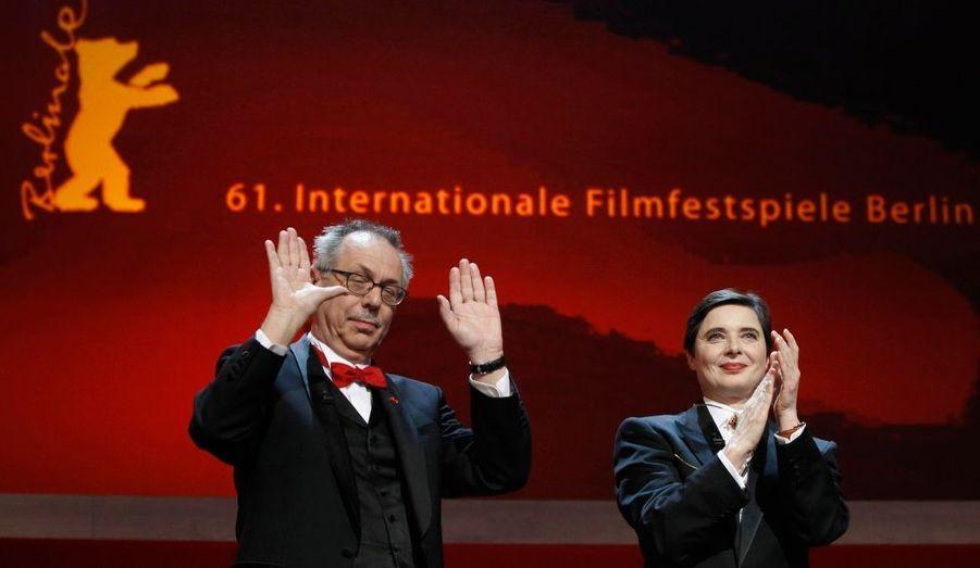 Le directeur du festival a été salué par le public et la présidente du jury.