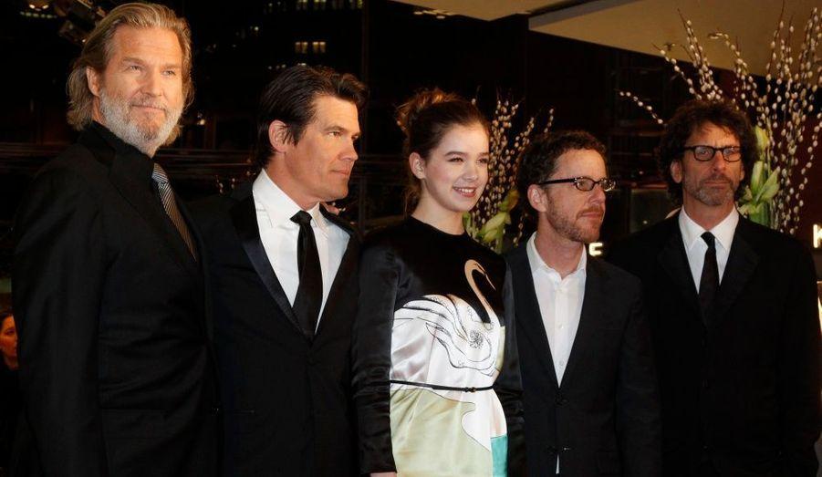 Jeff Bridges, Josh Brolin, Hailee Steinfeld (nommée à l'Oscar de la Meilleure actrice pour un second rôle), Ethan et Joel Coen défendent leur film, qui pourrait obtenir la statuette du Meilleur film le 27 février prochain lors des Oscars.