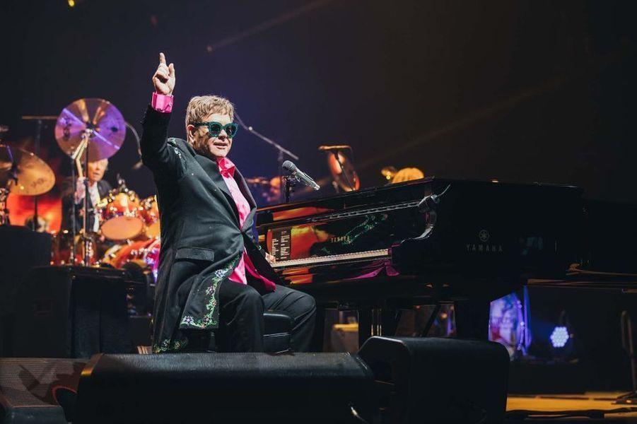 16 mai - Elton John sur la CroisetteHors-compétition sera projeté à 19h «Rocketman» de Dexter Fletcher, biopic consacré au musicien Elton John. La superstar sera présente sur le tapis rouge pour l'événement le plus rock'n'roll du festival.