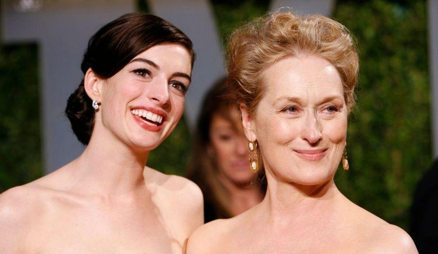Anne Hathaway and Meryl Streep, toutes deux en lice pour l'Oscar de la Meilleure actrice, ont perdu cette récompense prestigieuse au profit de Kate Winslet.
