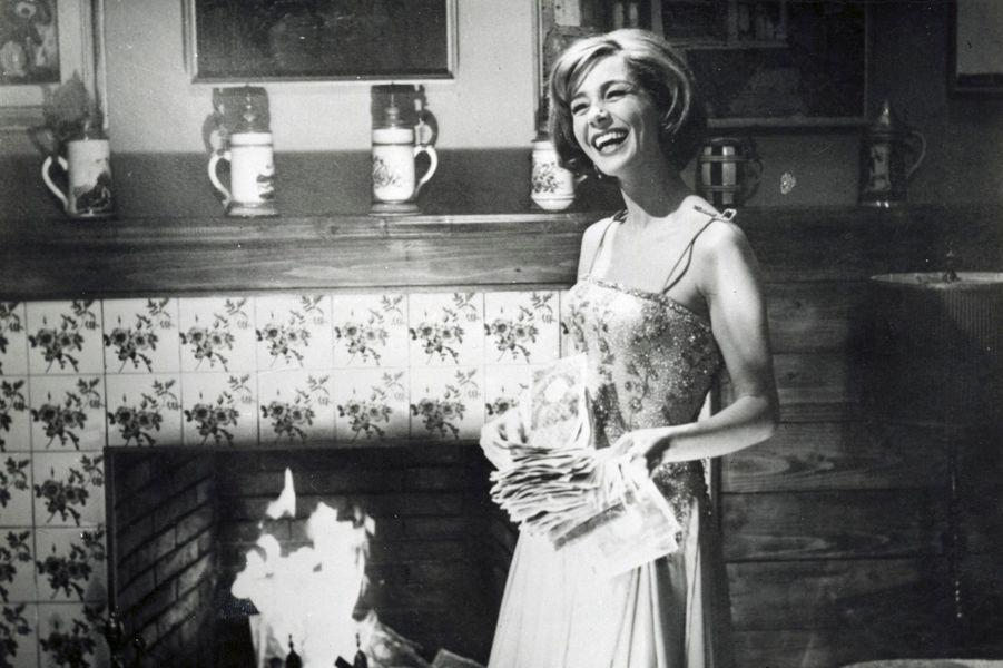 1963 : Les Heures de l'amour (Le Ore dell'amore) de Luciano Salce