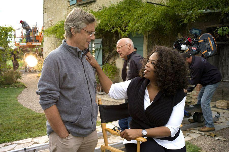Le réalisateur Lasse Hallström et Oprah Winfrey sur le plateau du film «Les recettes du bonheur».