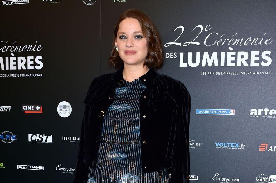 Marion Cotillard à la 22e cérémonie des Lumières le 30 janvier 2017 à Paris.