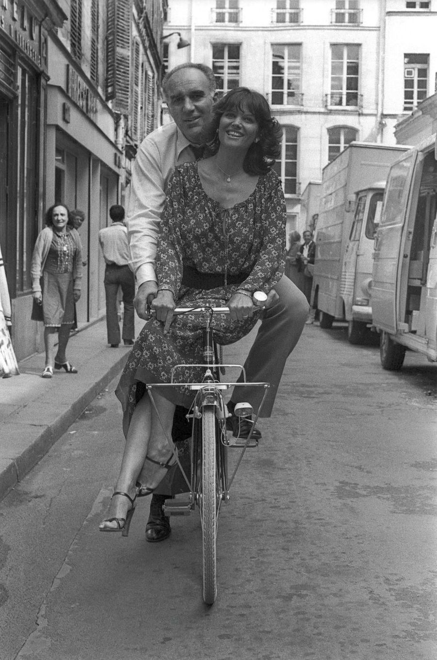 Michel Piccoli et Claudia Cardinale, en août 1977.