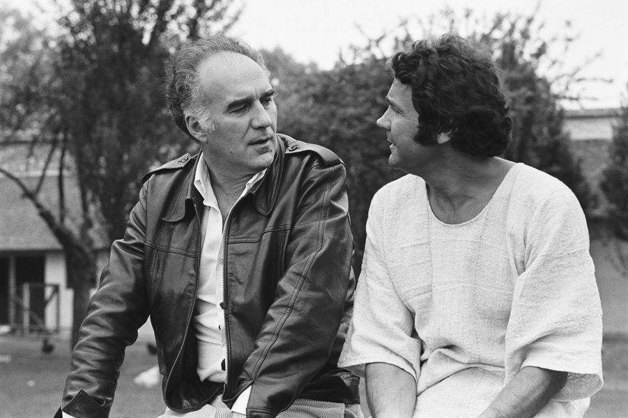 Michel Piccoli et Pierre Perret, en mai 1976.