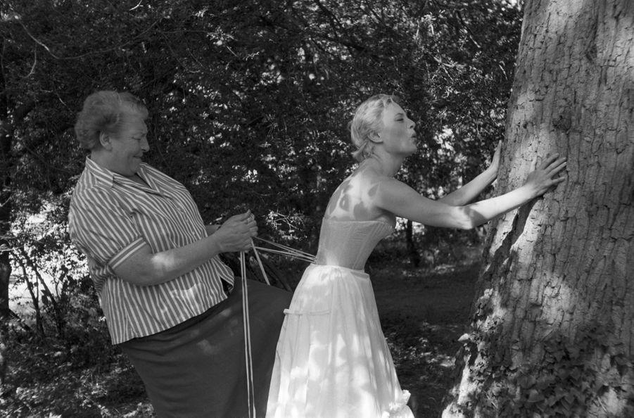 Michèle Morgan sur le tournage de «Marie-Antoinette, reine de France».