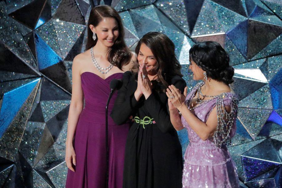 Ashley Judd, Annabella Sciorra, et Salma Hayek