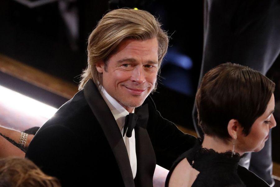La joie de Brad Pitt récompensé de l'Oscar du meilleur second rôle masculin