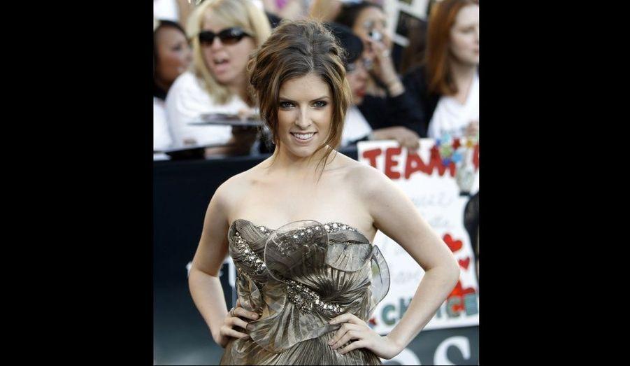 Depuis le début de l'aventure Twilight, Anna Kendrick interprète Jessica Stanley, amie et confidente de Bella Swan.