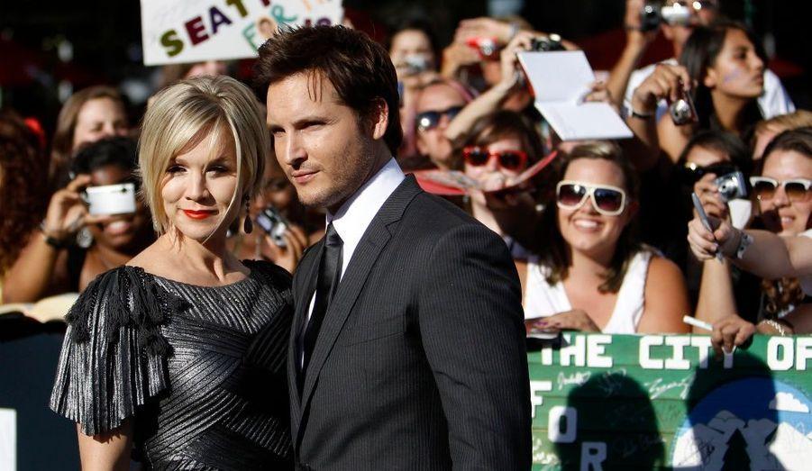 L'ancienne star de Beverly Hills, Jenny Garth, accompagnée de son mari.