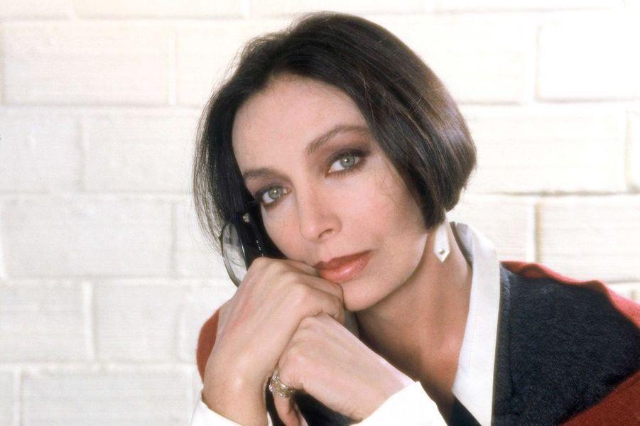"""1994 : Marie Laforet sur le tournage du telefilm """"Jeudi 12"""" realise par Patrick Vidal sur TF1"""