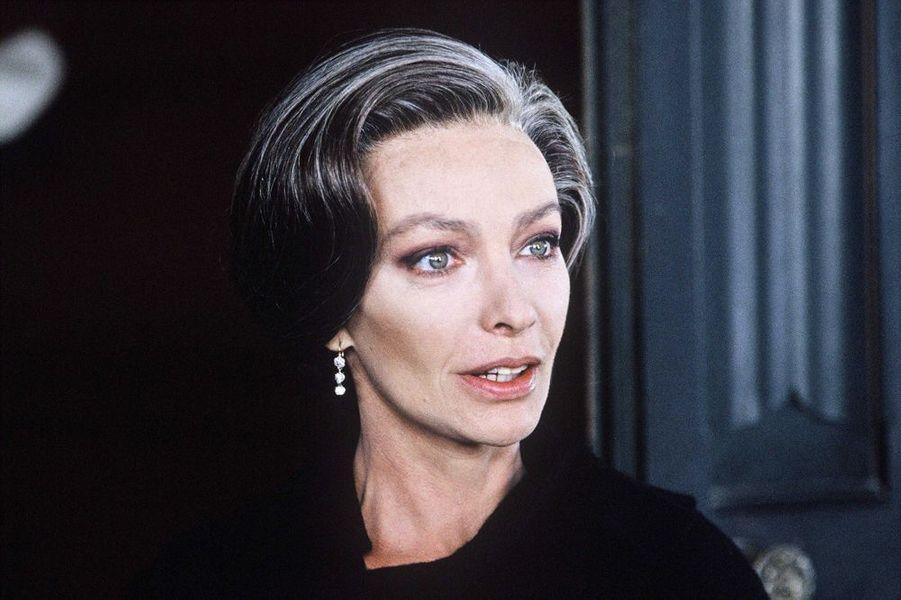 """1995 : Marie Laforet sur le tournage du telefilm """"Adrien Lesage"""" realise par Alain Bonnot sur TF1"""