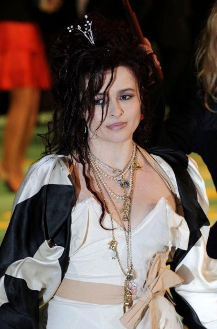 Helena Bonham-Carter, la Reine de Coeur (la Reine Rouge)