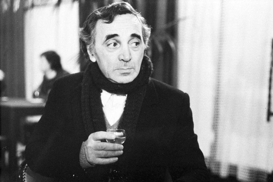 """1982 : """"Les Fantômes du chapelier"""" de Claude Chabrol"""