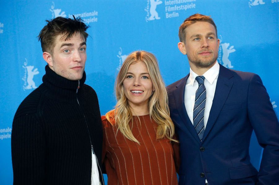 "Robert Pattinson, Sienna Miller et Charlie Hunnam,  à Berlin pour ""The Lost City of Z""."