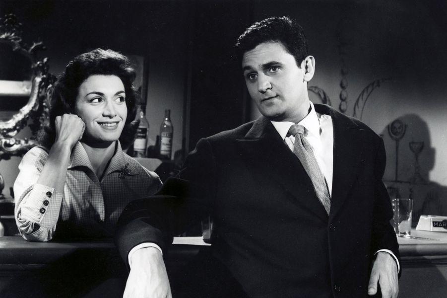 UNE BALLE DANS LE CANON (1958)