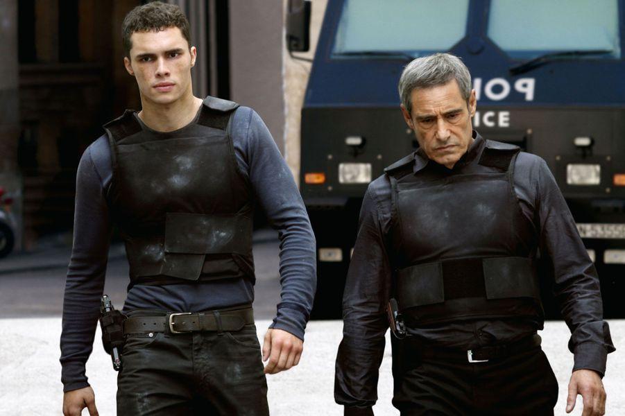Le thriller «Colt 45» retrace l'histoire d'un jeune et brillant armurier de la police nationale Ymanol Perset («La désintégration») qui bascule au contact d'un flic trouble, incarné par Joey Starr («Polisse») et se retrouve au cœur d'une guerre des polices à laquelle prend part également Gérard Lanvin.