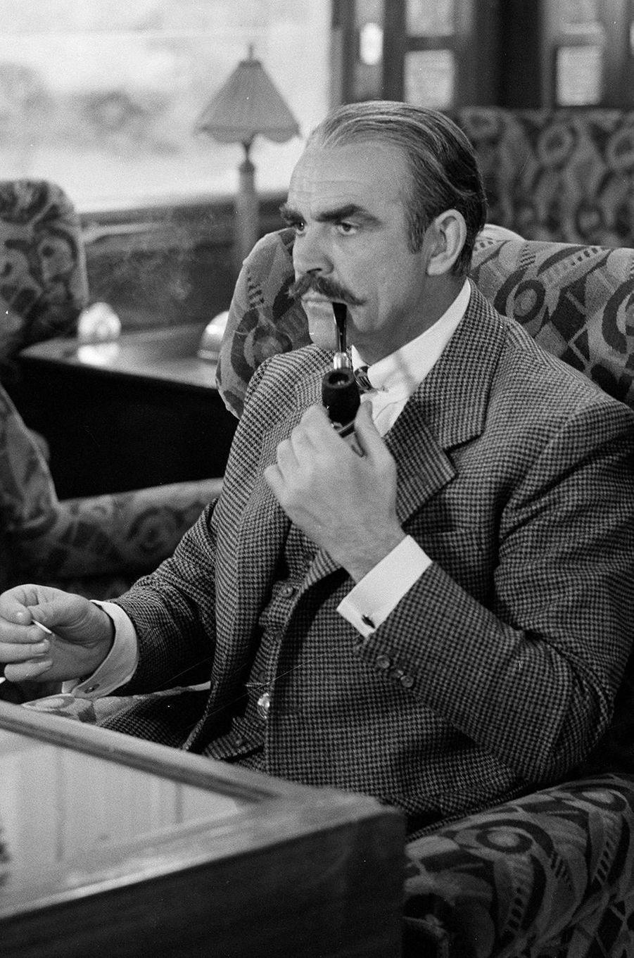 1974 : Sean Connery dans «Le crime de l'Orient Express» de Sidney Lumet avec Albert Finney, Ingrid Bergman, Lauren Bacall