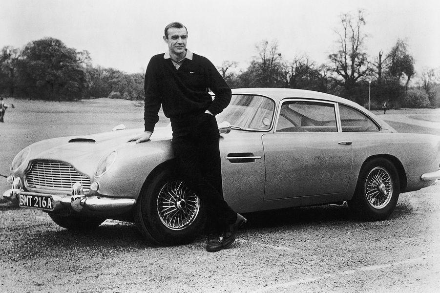 Sean Connery dans la peau de James Bond sur le tournage de «Goldfinger», sorti en 1964
