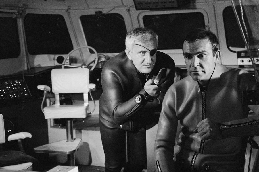 Sean Connery dans la peau de James Bond dans «Opération Tonnerre», sorti en 1965 (ici avec l'acteur Adolfo Celi)