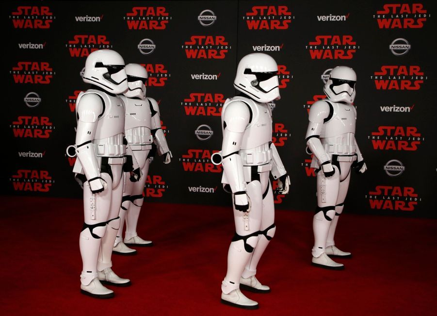 """Star Wars : Les Derniers Jedi"", La Première Mondiale En Photos 1"