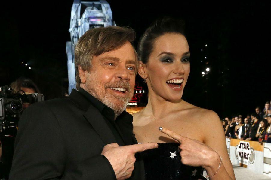 """Star Wars : Les Derniers Jedi"", La Première Mondiale En Photos 11"