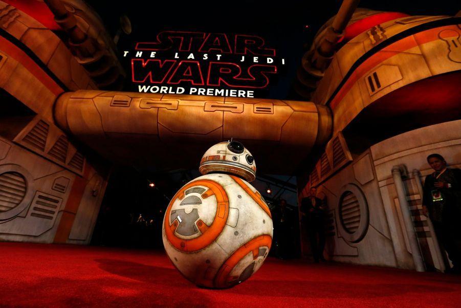 """Star Wars : Les Derniers Jedi"", La Première Mondiale En Photos 4"