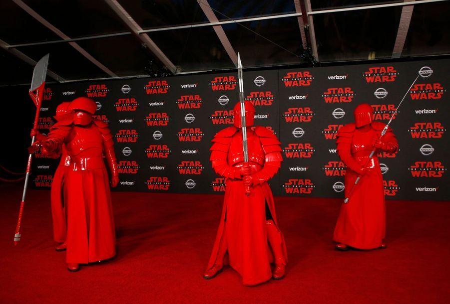 """Star Wars : Les Derniers Jedi"", La Première Mondiale En Photos 5"