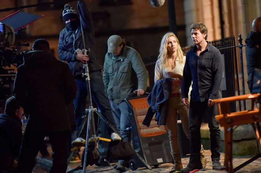 Annabelle Wallis et Tom Cruise