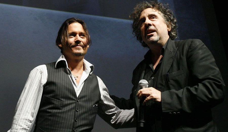 """""""Dark Shadows"""", le dernier film de Tim Burton sort ce mercredi dans les salles. Une nouvelle fois, Johnny Depp n'a pas hésité à entrer dans l'univers sombre et décalé du réalisateur excentrique. Depuis plus de 22 ans, les deux hommes, devenus amis, enchaînent en effet les collaborations. D'""""Edward aux mains d'argent"""" à """"Alice au pays des merveilles"""", découvrez en images ces films devenus cultes."""
