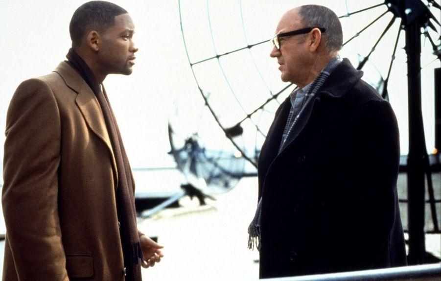 Thriller paranoïaque dans lequel Will Smith, avocat détenant la seule preuve d'un meurtre politique, doit échapper aux puissants services secrets de la NSA, aidé d'un ancien de la maison, interprété par Gene Hackman.