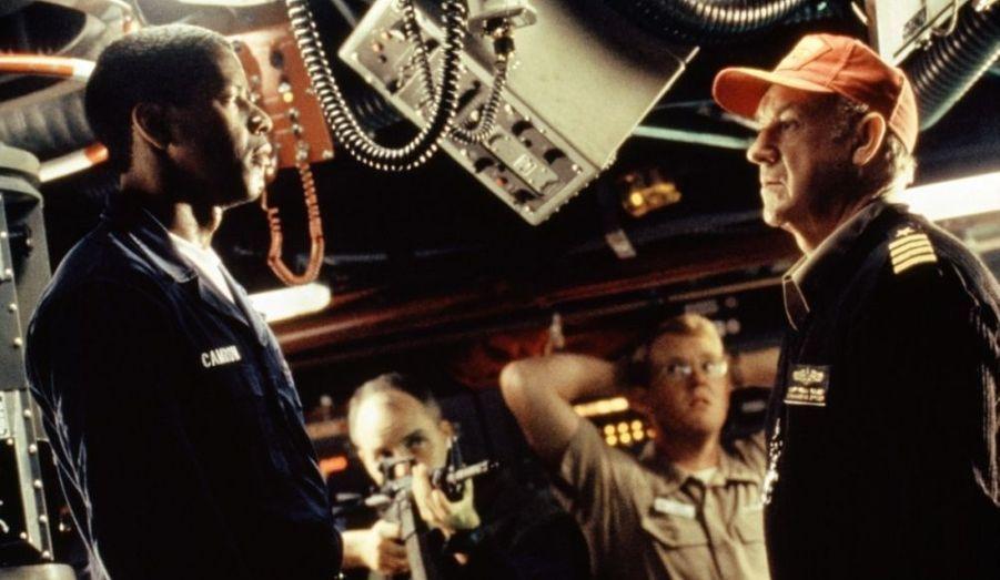 """Denzel Washington, commandant en second d'un sous-marin nucléaire s'oppose à son supérieur, Gene Hackman, lors d'une mutinerie autour d'un ordre de tir incompris... La première collaboration de Tony Scott et Denzel Washington, qui en comptera cinq - avec """"Man on Fire"""" en 2004, """"Déjà Vu"""" en 2006, """"L'Attaque du métro 123"""" en 2009 et """"Unstoppable"""" en 2010""""."""