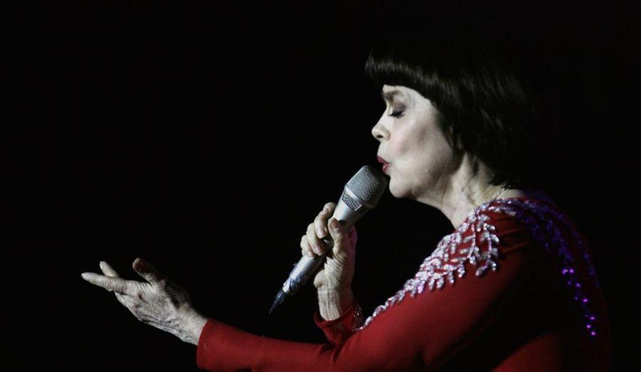 Adorée dans les ex-pays de l'Union soviétique, Mireille Mathieu chantait hier à Riga, capitale de la Lettonie.