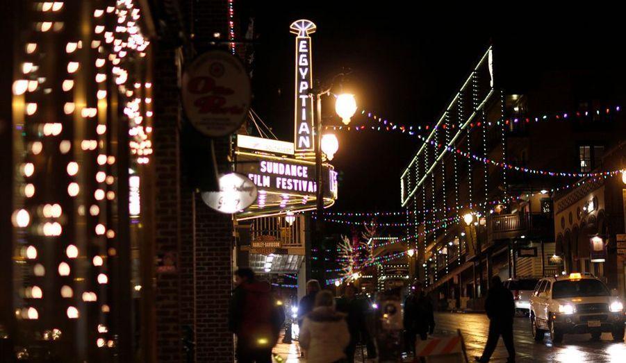 Le Festival du film indépendant de Sundance, à Park City, dans l'Etat de l'Utah s'est ouvert hier soir. Du 19 au 29 janvier, la station de ski se transformera en Mecque du cinéma, avec un lieu sacré, l'Egyptian Theatre.