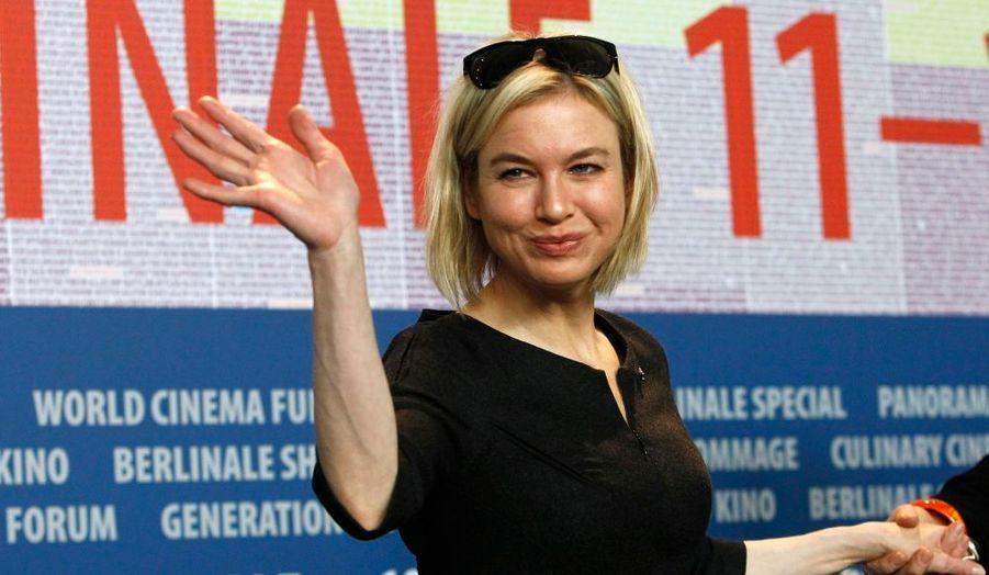 Berlin déploie le tapis rouge à l'occasion de la soixantième édition de sa grand messe du cinéma. Renee Zellweger fait partie du jury, présidé par le réalisateur allemand Werner Herzog.