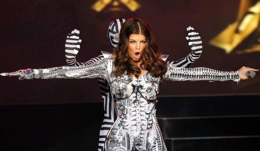 Lors d'un concert à Time Square, Fergie et les Black Eyes Peas se sont représentés en marge du lancement du nouvel écran 3D de Samsung.