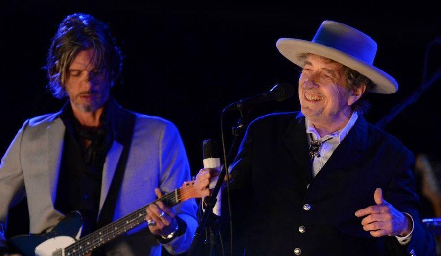 Un sourire de Bob Dylan, lors d'un concert au Hop Farm Music Festival de Paddock Wood, dans le Kent, en Angleterre.