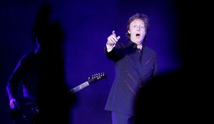 Paul McCartney lors de son show au Hollywood Bowl mardi soir. En 1977, les Beatles étaient déjà passés dans le fameux amphithéâtre de Los Angeles.