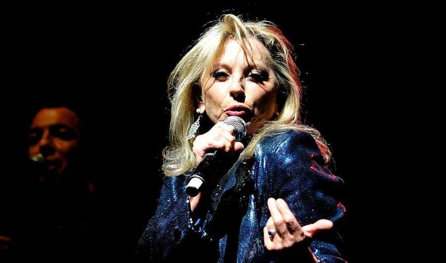 Véronique Sanson fait son grand retour. Après avoir sorti un nouvel album, Plusieurs Lunes, à l'automne, elle est en tournée. La chanteuse était à l'Olympia hier soir, apparemment en pleine forme.