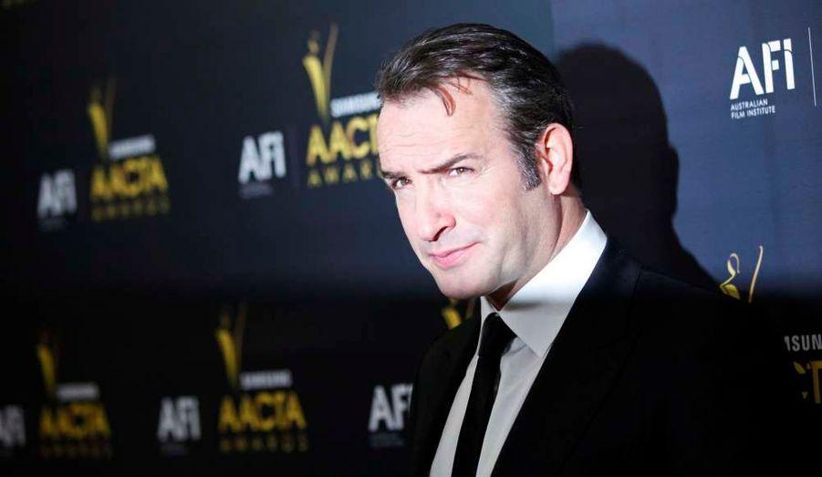 Jean Dujardin a remporté le prix du meilleur acteur lors de la première cérémonie des Australian Academy of Cinema and Television Arts Intl. Awards qui se déroulait... à Hollywood.